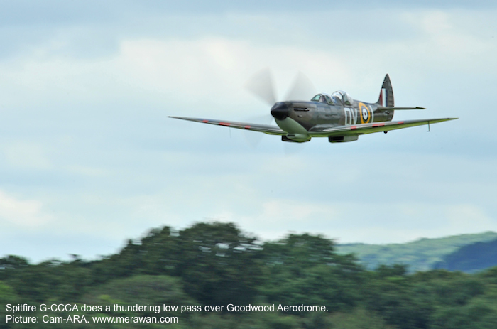 Spitfire G-CCCA does a low pass over Goodwood Aerodrome